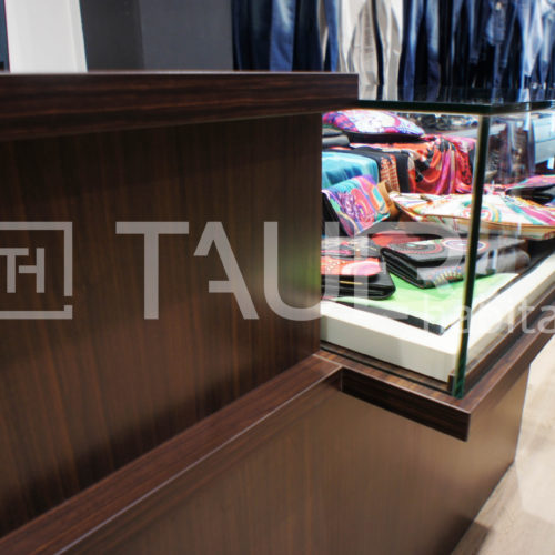 Prodejní vitrína od TAUER habitat 28